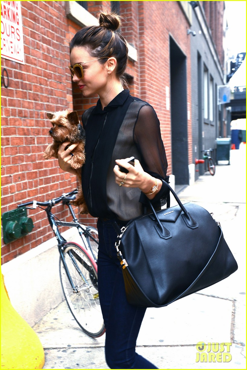 miranda kerr sunday morning with frankie 19