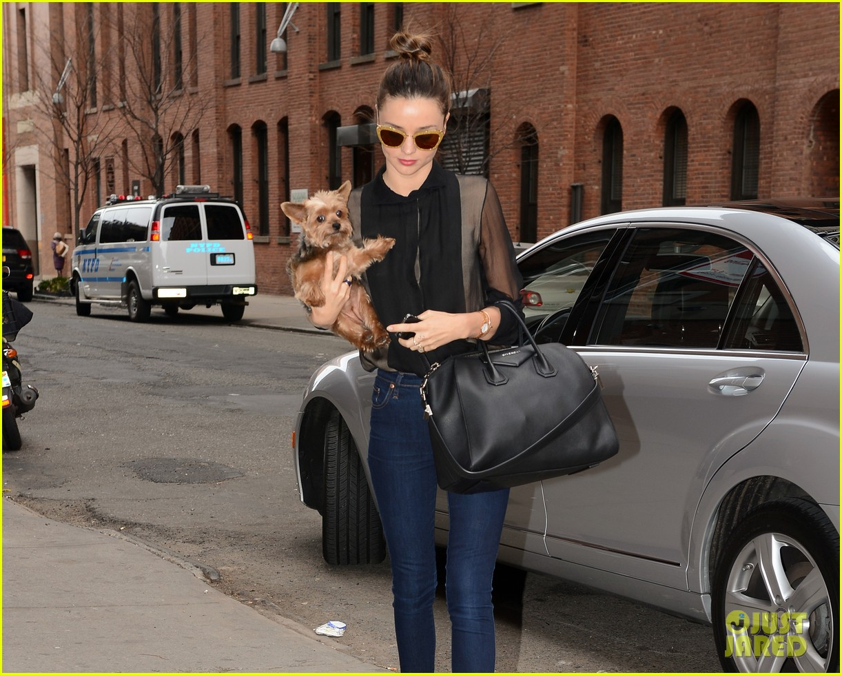 miranda kerr sunday morning with frankie 23
