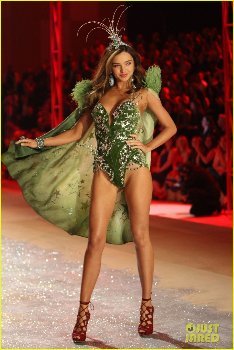 miranda kerr victorias secret fashion show 2012 05