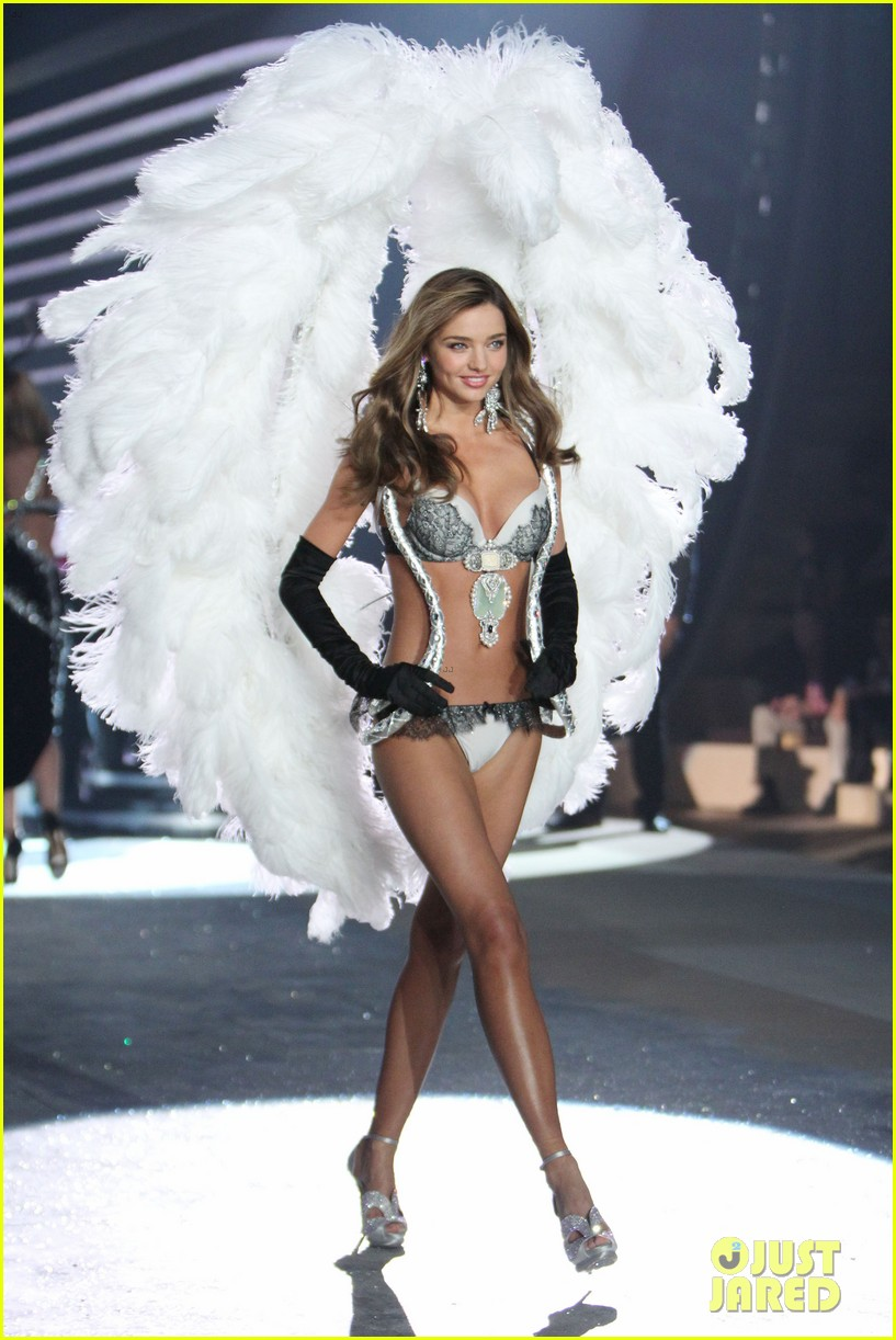 miranda kerr victorias secret fashion show 2012 17