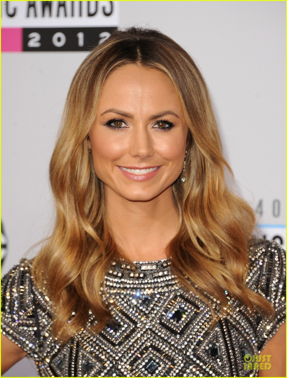 stacy kiebler amas red carpet 02