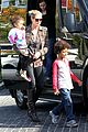 heidi klum lunch stop with the kids 20