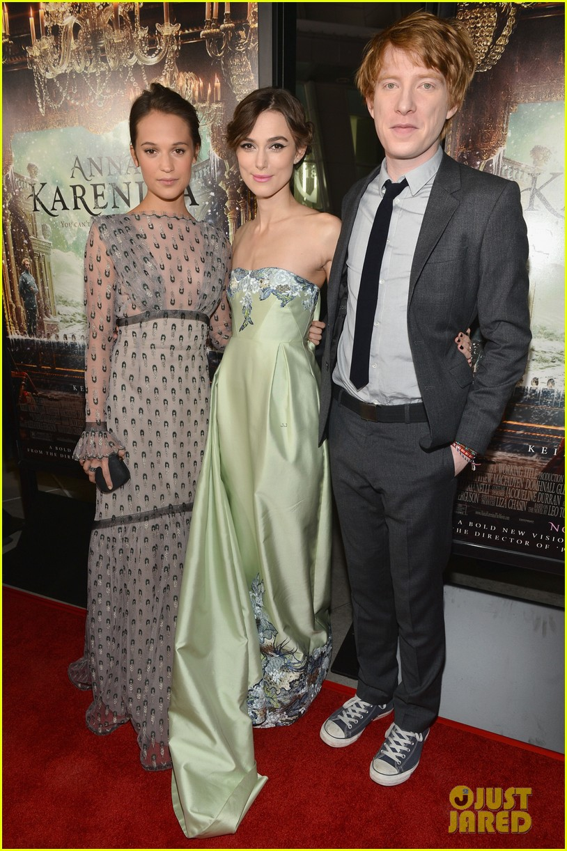 keira knightley anna karenina hollywood premiere 03