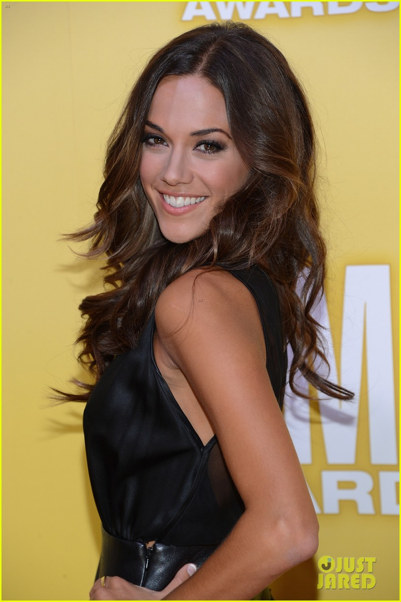 jana kramer shawn johnson cmas 2012 02