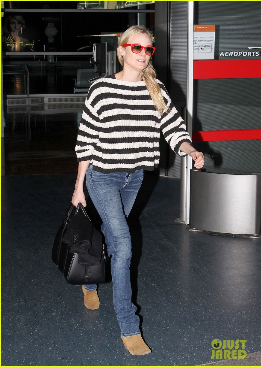diane kruger striped sweater at charles de gaulle airport 04
