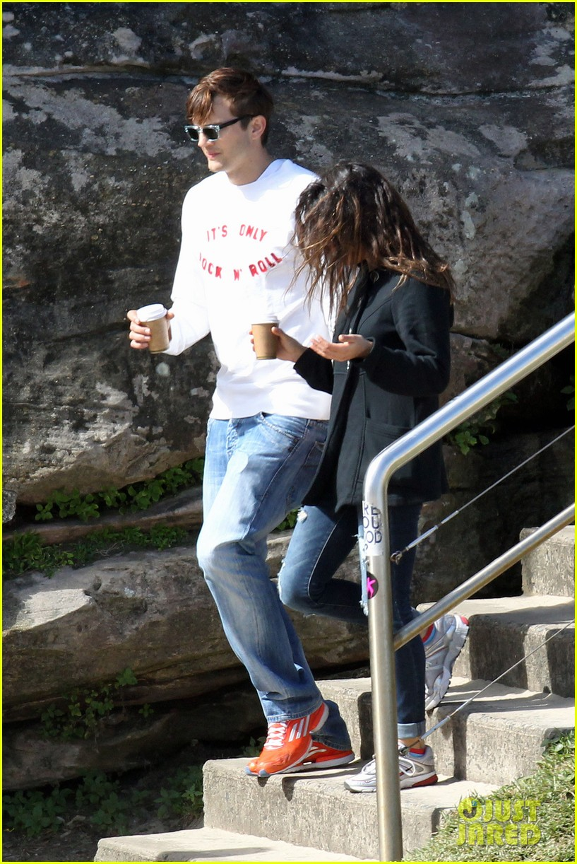mila kunis ashton kutcher bondi to bronte beach walk 13
