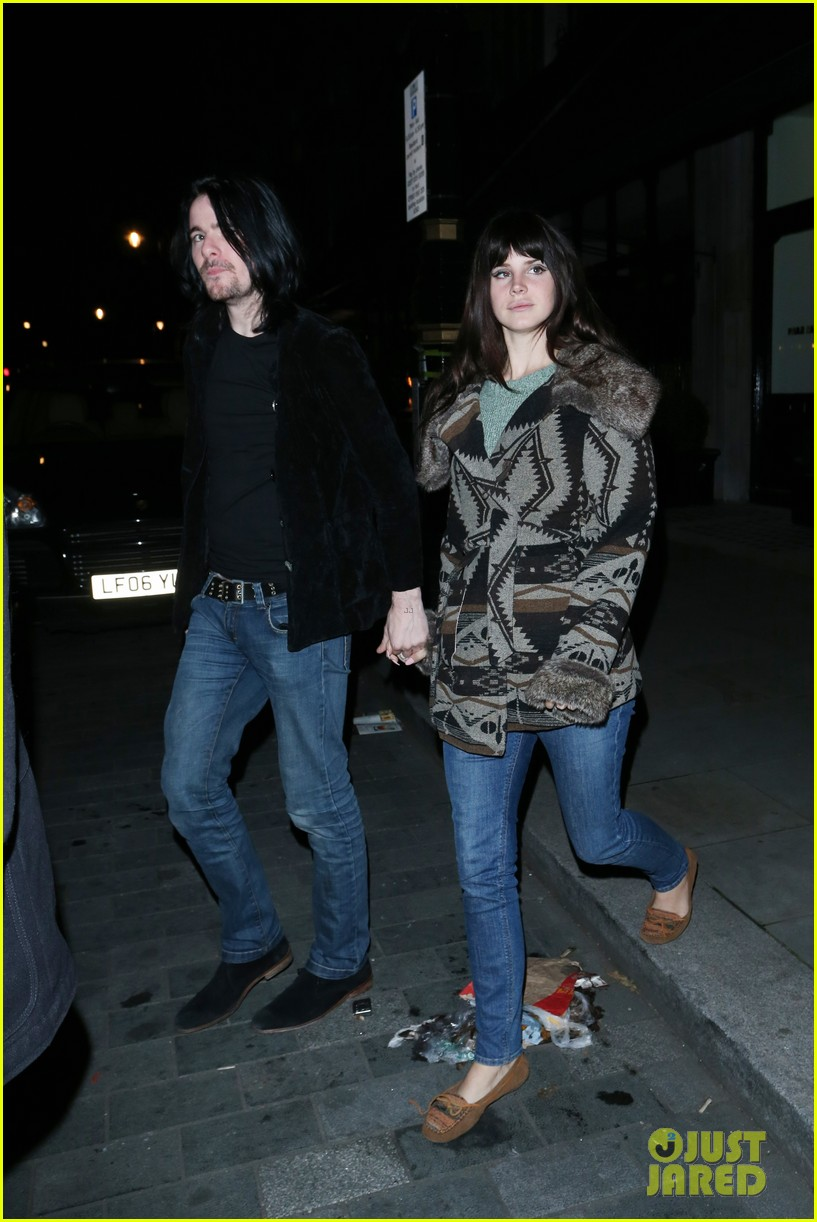 lana del rey scotts restaurant with barrie james oneill 01