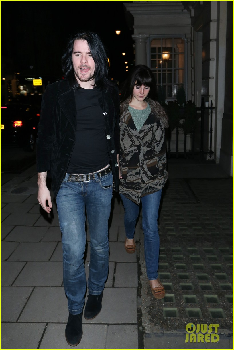 lana del rey scotts restaurant with barrie james oneill 02