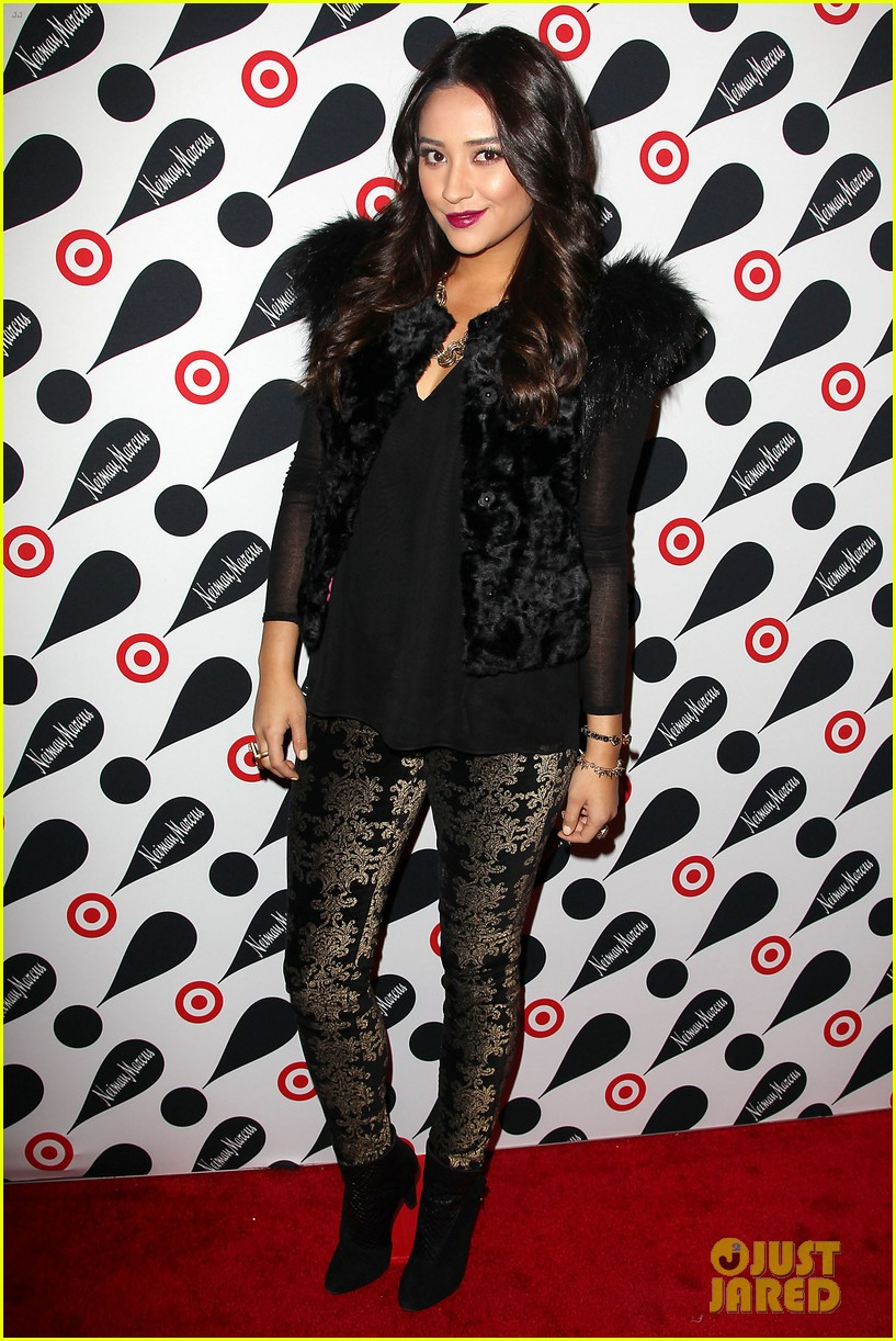 leighton meester shay mitchell target twosome 112765673