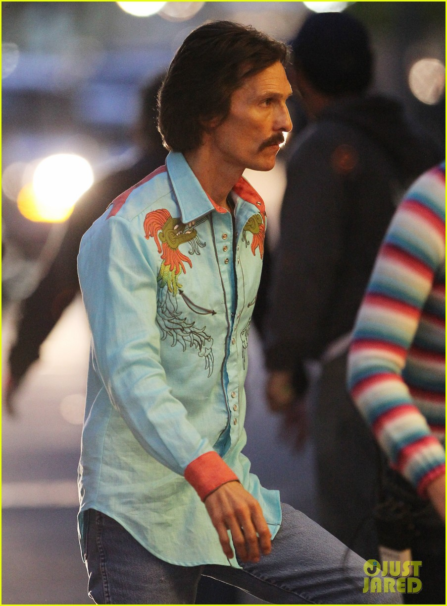 jared leto cross dresses on dallas buyers club set 032758414