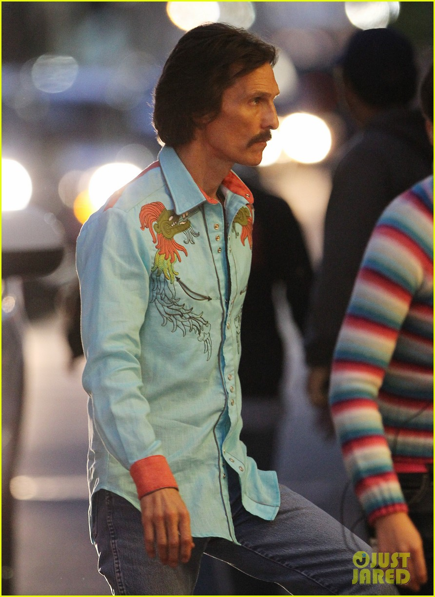 jared leto cross dresses on dallas buyers club set 21