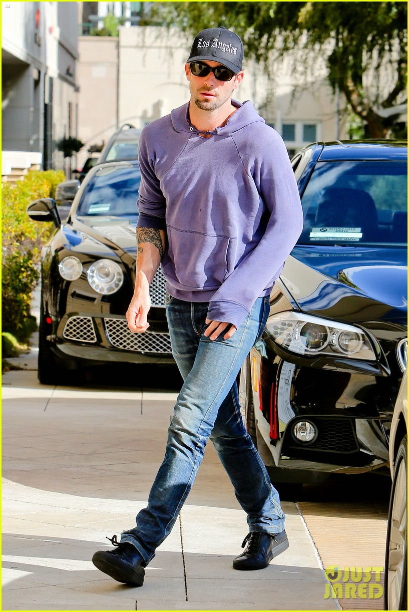 adam levine barneys new york shopper 12