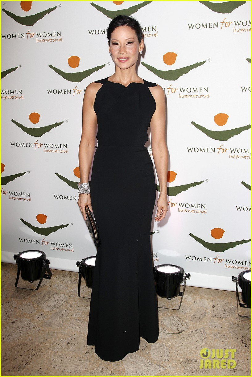 lucy liu women for women international award winner 032754137