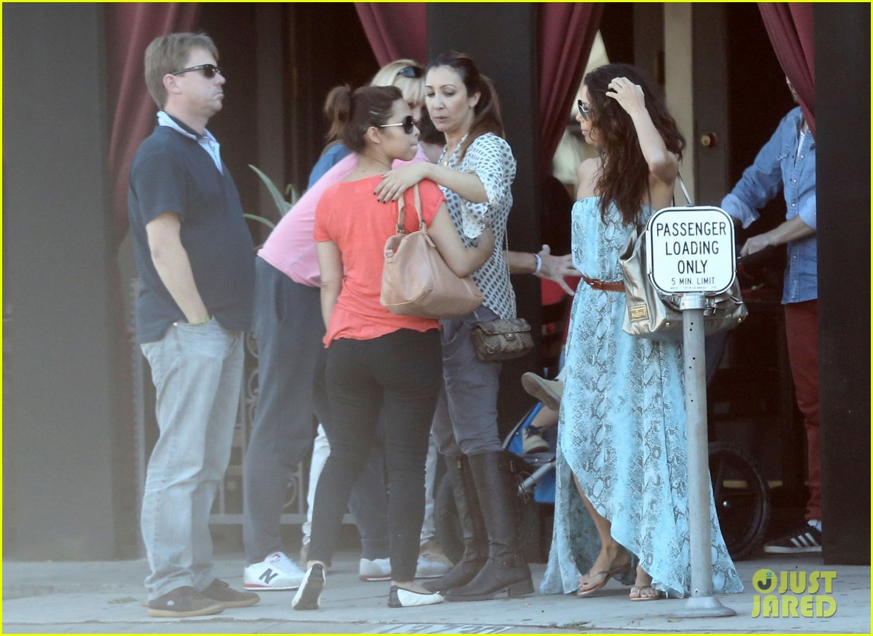 eva longoria leggy lunch in sherman oaks 15