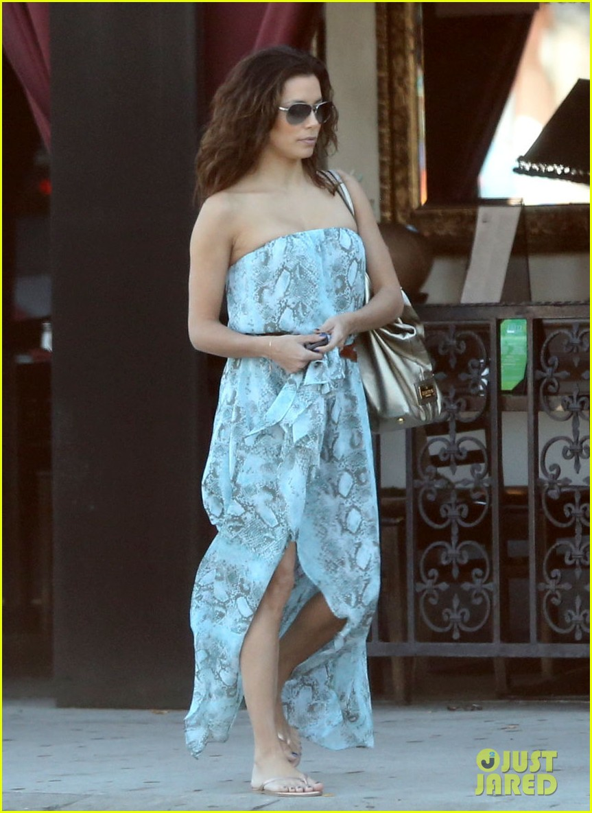 eva longoria leggy lunch in sherman oaks 19