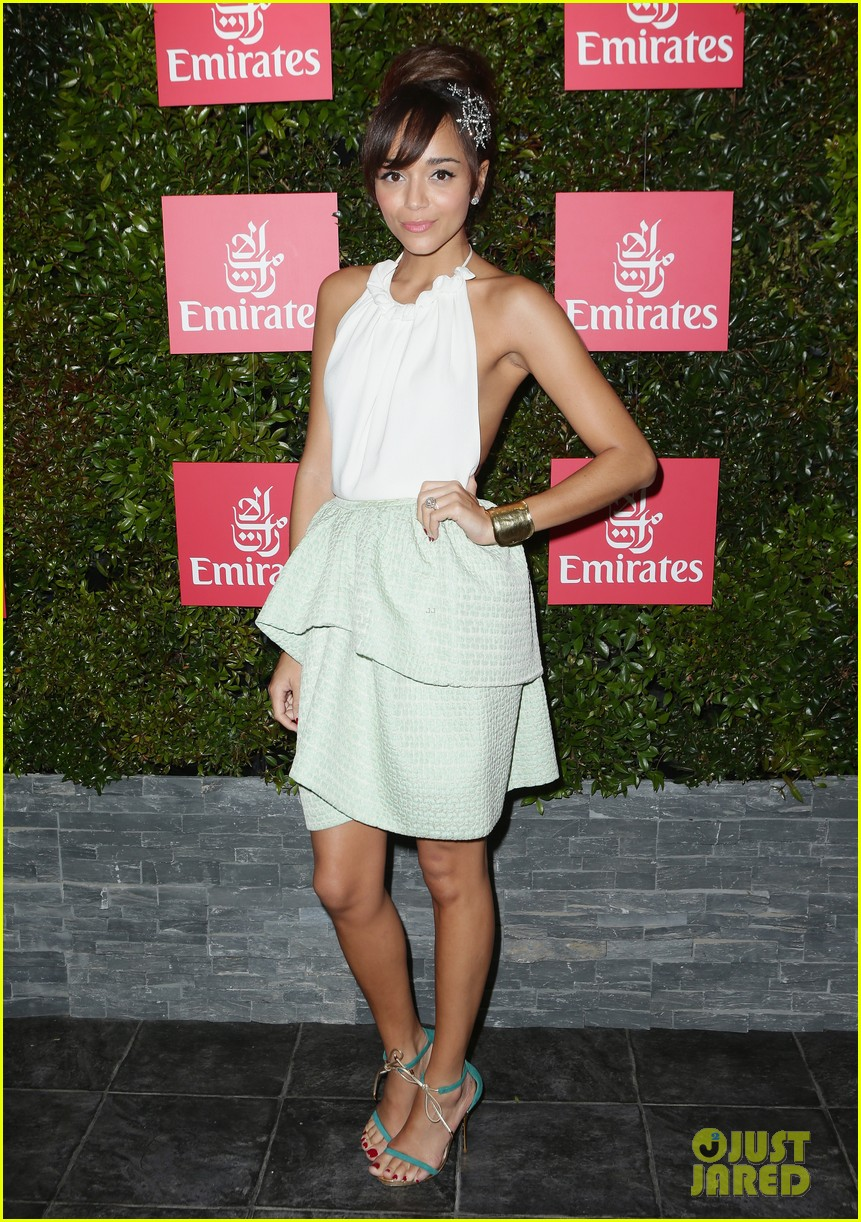 rose byrne ashley madekwe melbourne cup attendees 07
