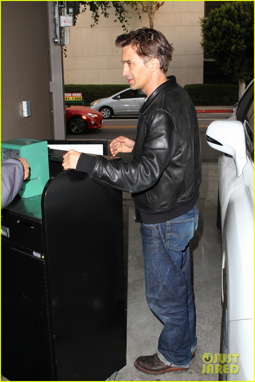 olivier martinez tuesday morning doctors visit 14