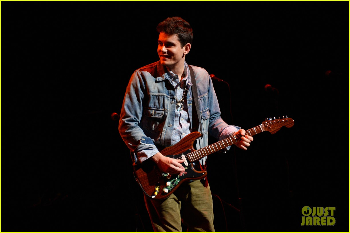 john mayer allison williams stand up for heroes event 04