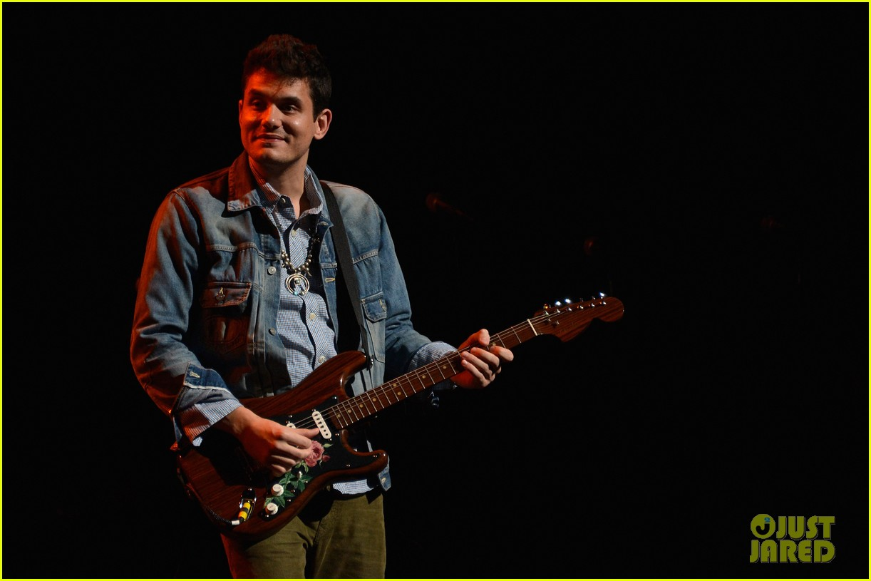 john mayer allison williams stand up for heroes event 12