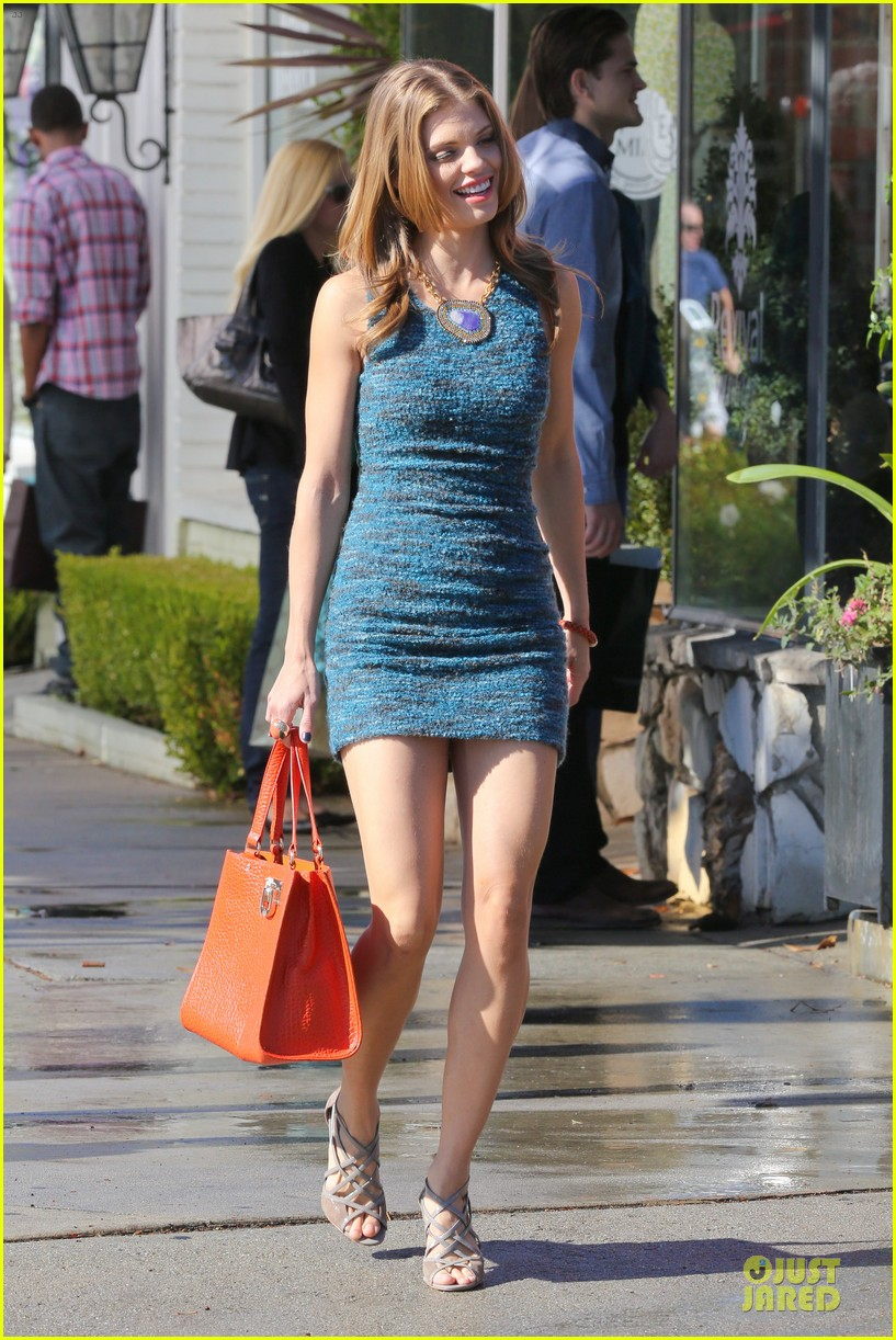 annalynne mccord 90210 set with shenae grimes & jessica stroup 122756812