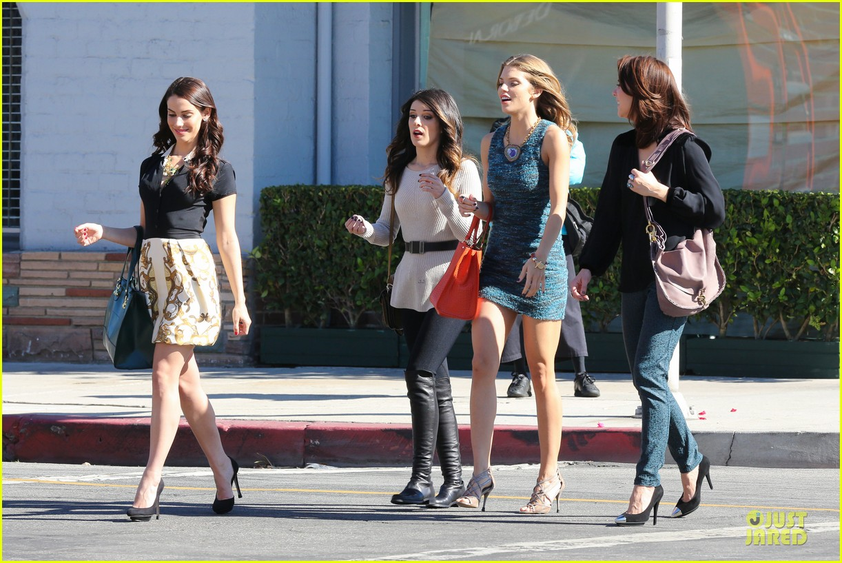 annalynne mccord 90210 set with shenae grimes & jessica stroup 18