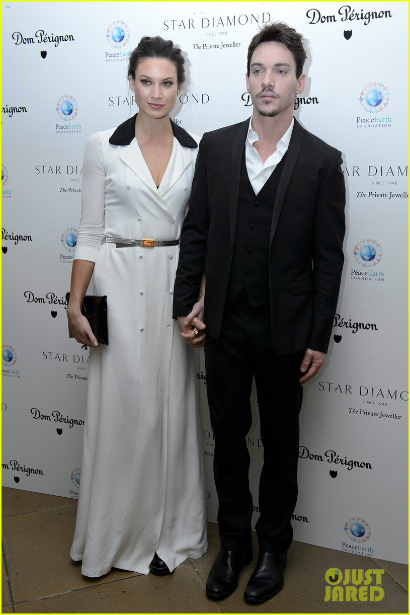 jonathan rhys meyers james mcavoy peaceearth gala 16