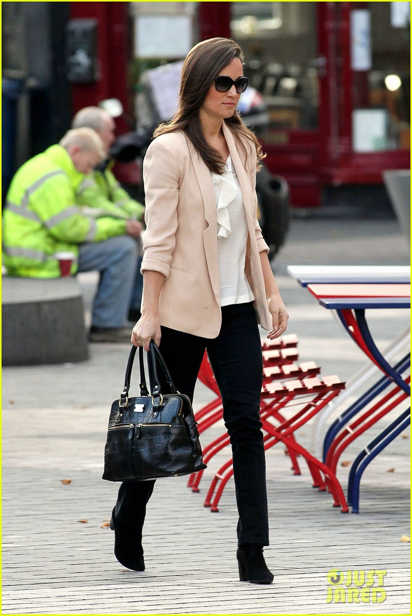 pippa middleton book poor first week sales 172758353