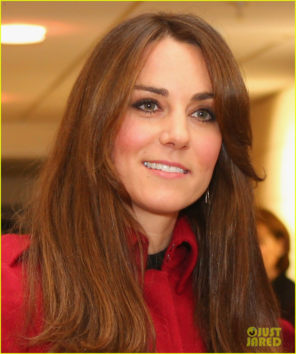 kate middleton prince william rugby match in wales 04