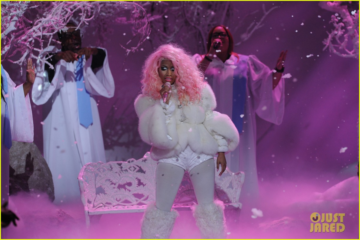 nicki minaj freedom performance at amas 2012 watch now 042760387