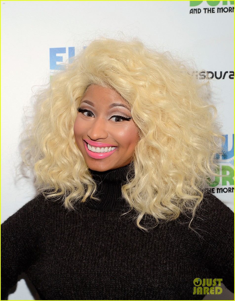nicki minaj shut out of own album release party 042762410