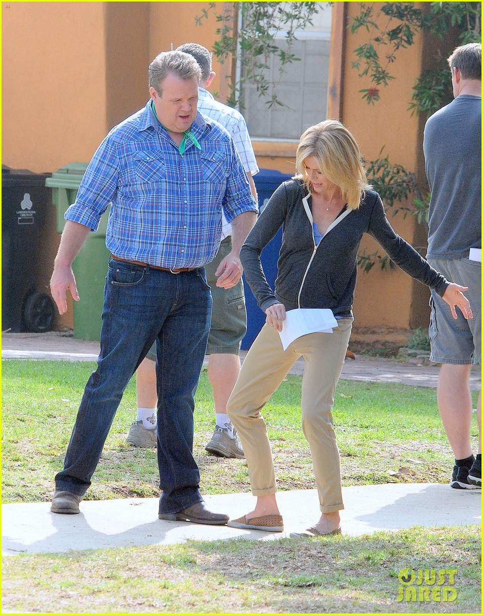 modern family filming scenes 16