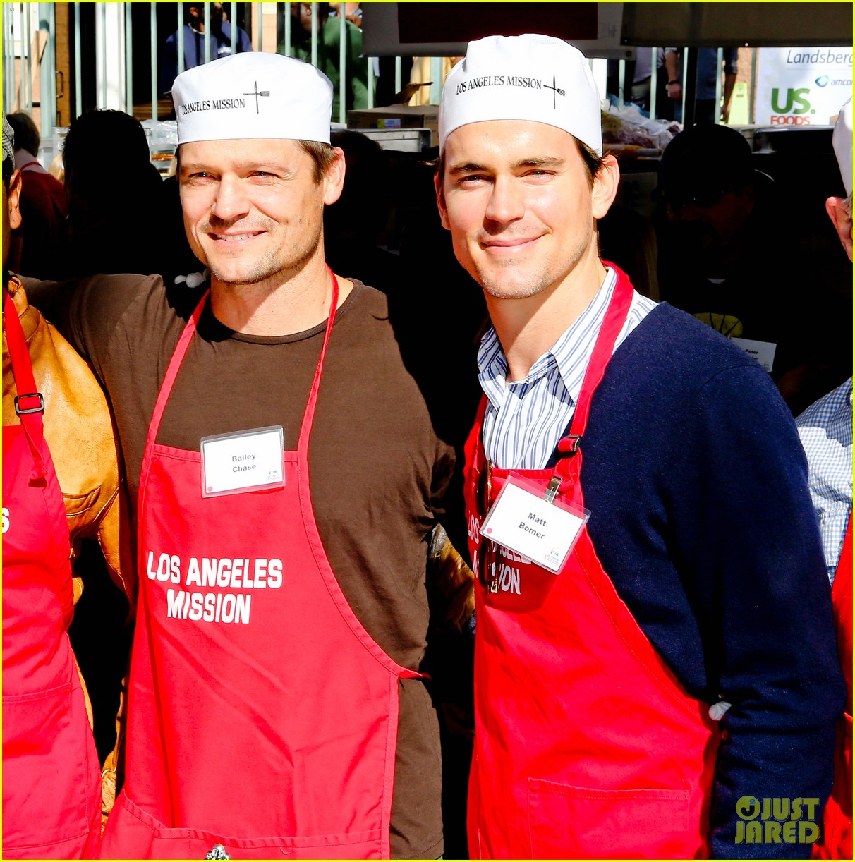 matt bomer neil patrick harris thanksgiving mission help 022762198