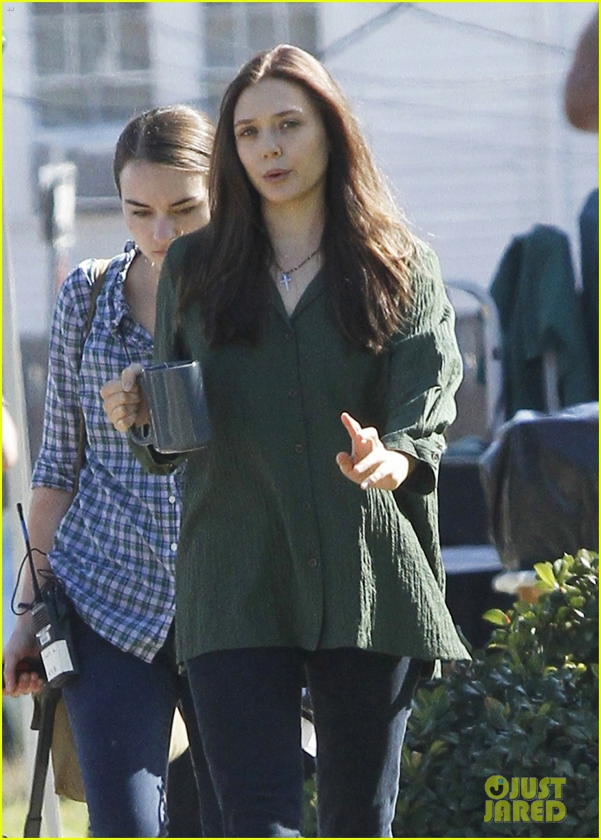 elizabeth olsen oldboy coffee 01
