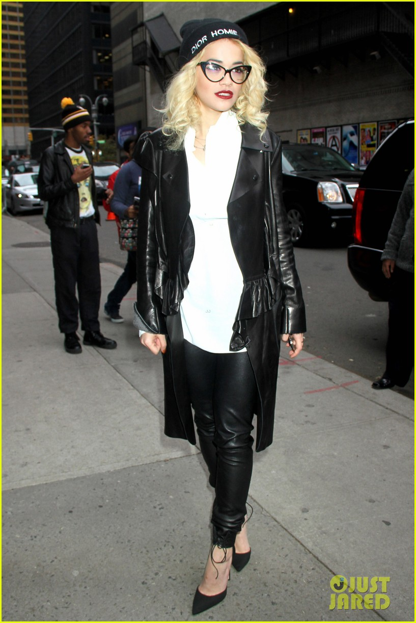 rita ora late show david letterman guest 03
