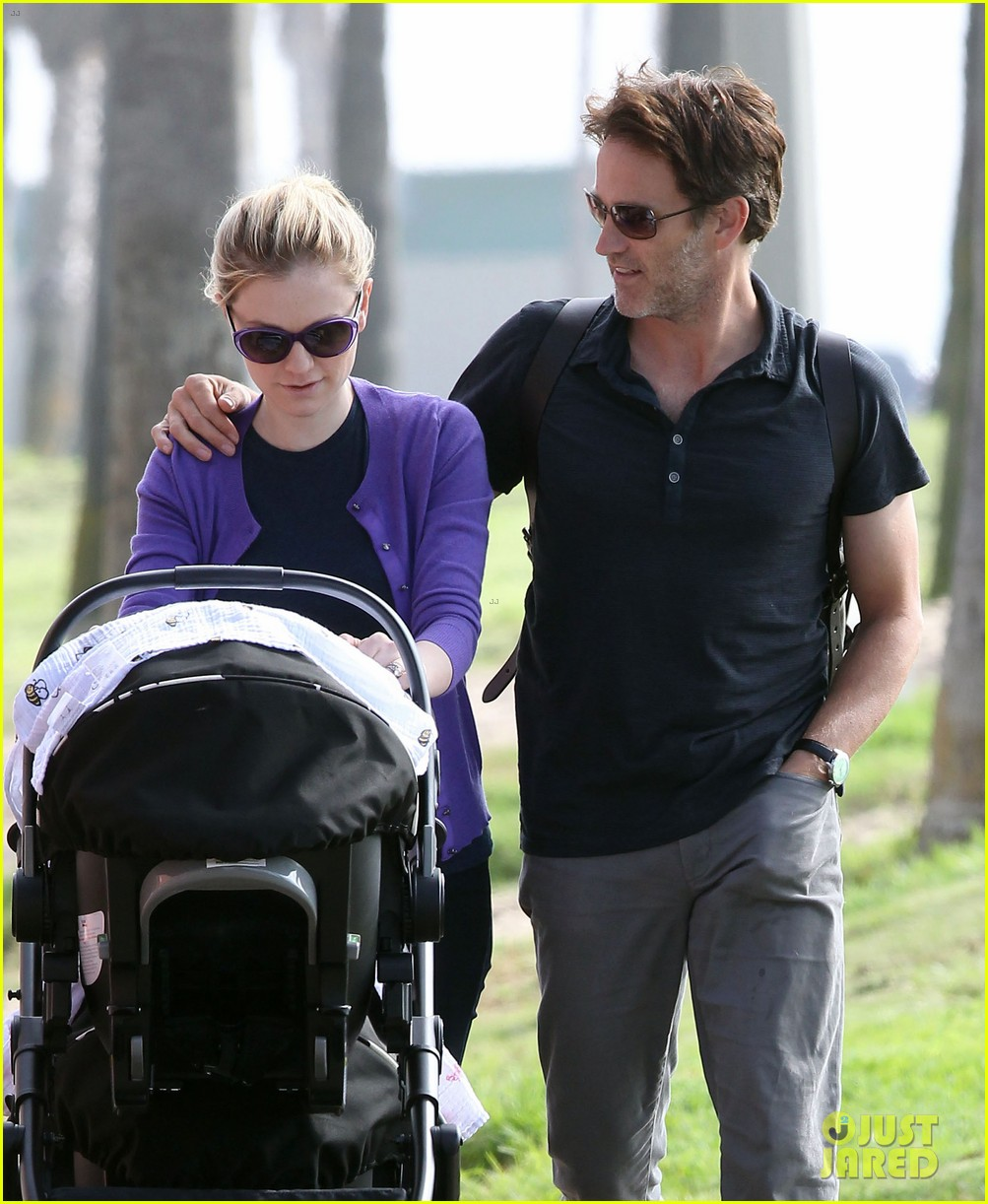 anna paquin stephen moyer park stroll with the twins 152752801