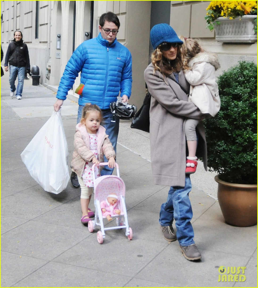 sarah jessica parker matthew broderick lunch with twins 05