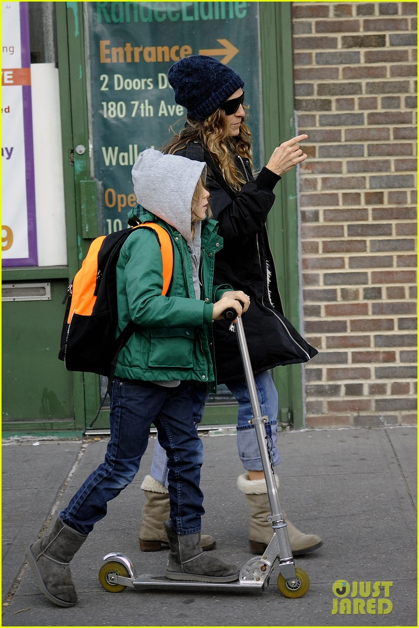 sarah jessica parker matthew broderick school stroll with kids 12
