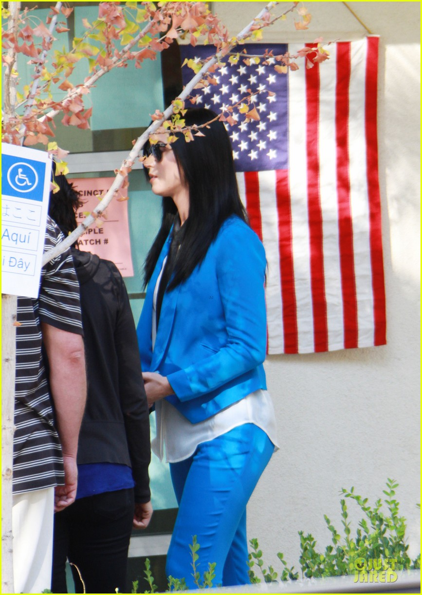 katy perry excited to exercise my civic duty 05