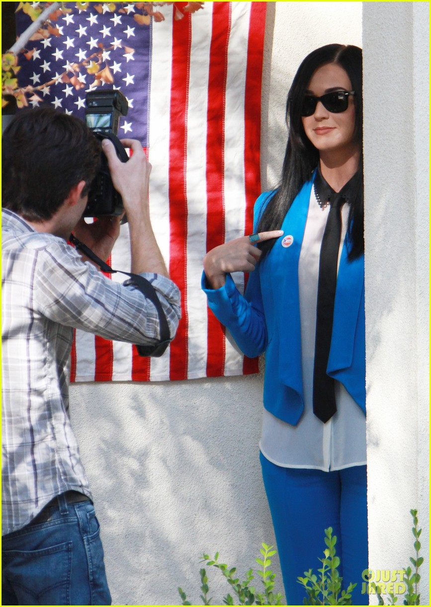 katy perry excited to exercise my civic duty 07