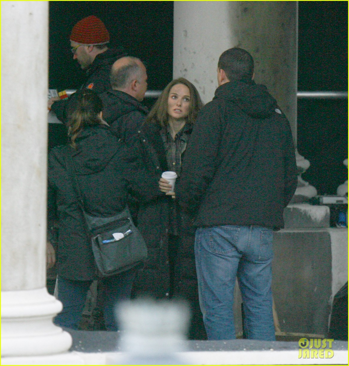natalie portman thor the dark world set 26