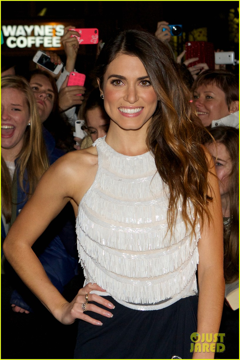 nikki reed jackson rathbone breaking dawn norway premiere 02