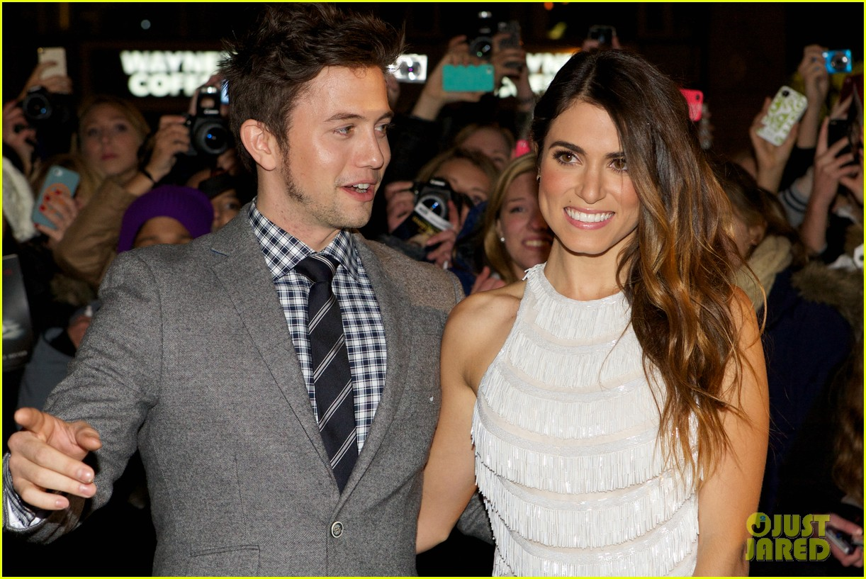 nikki reed jackson rathbone breaking dawn norway premiere 06
