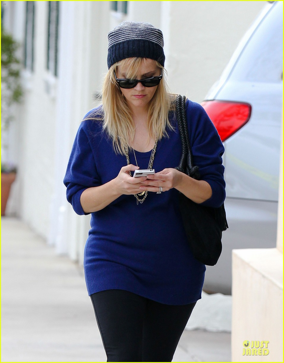 reese witherspoon favorite comedic actress nominee 022759177