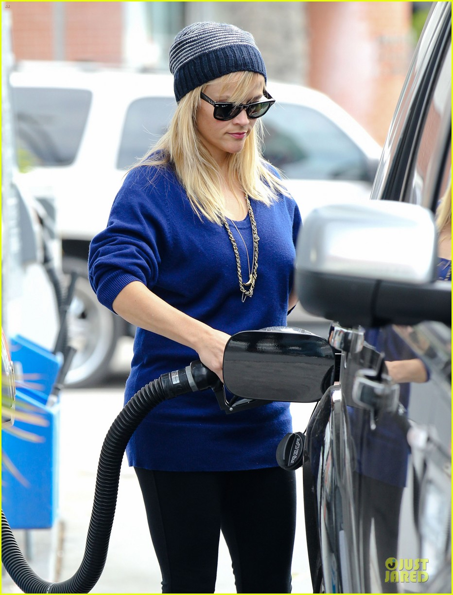 reese witherspoon favorite comedic actress nominee 04
