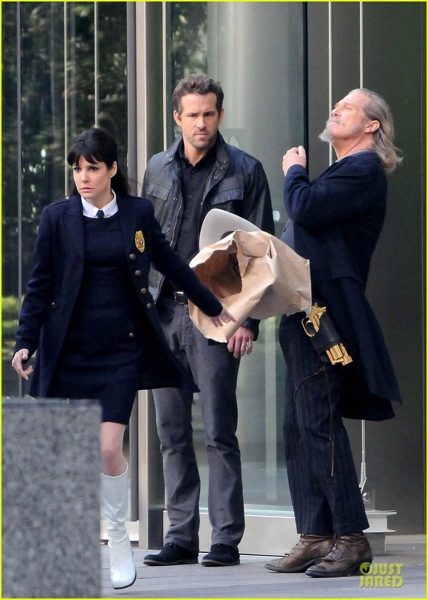 ryan reynolds ripd reshoots with mary louise parker 072763812