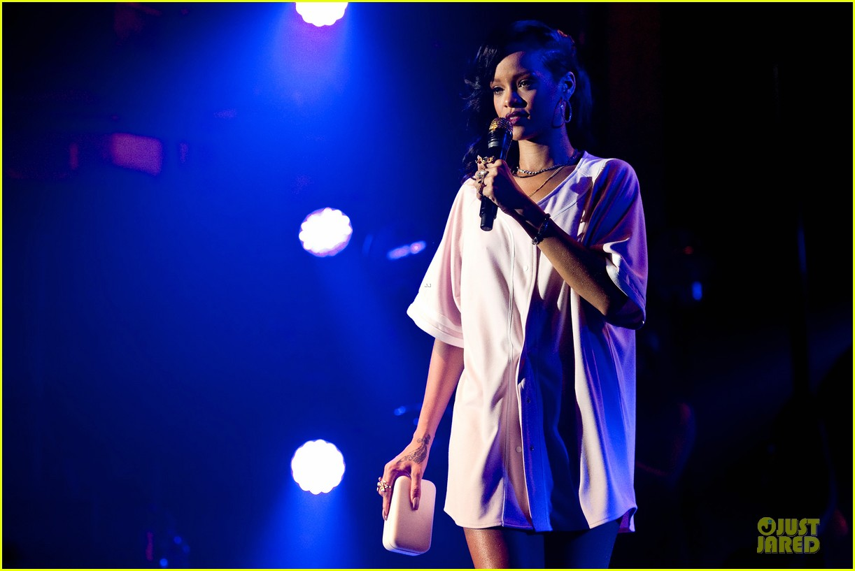 rihanna 777 tour wraps in nyc with jay z exclusive 11