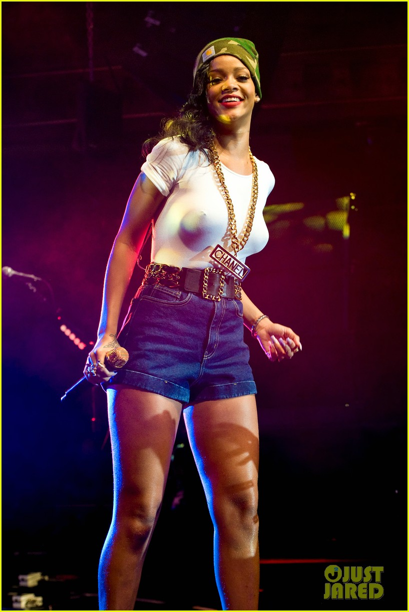 rihanna stockholm stop on 777 tour exclusive 28