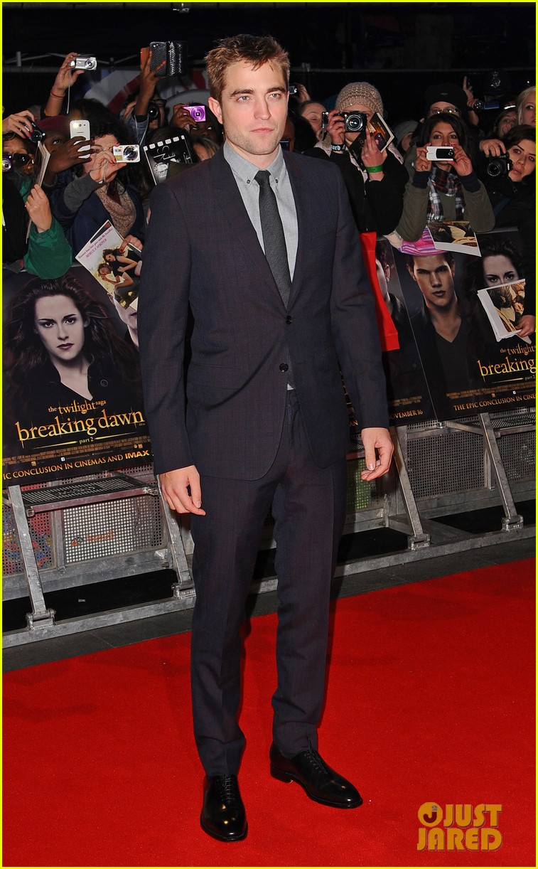 robert pattinson kristen stewart twilight breaking dawn part 2 uk premiere 03