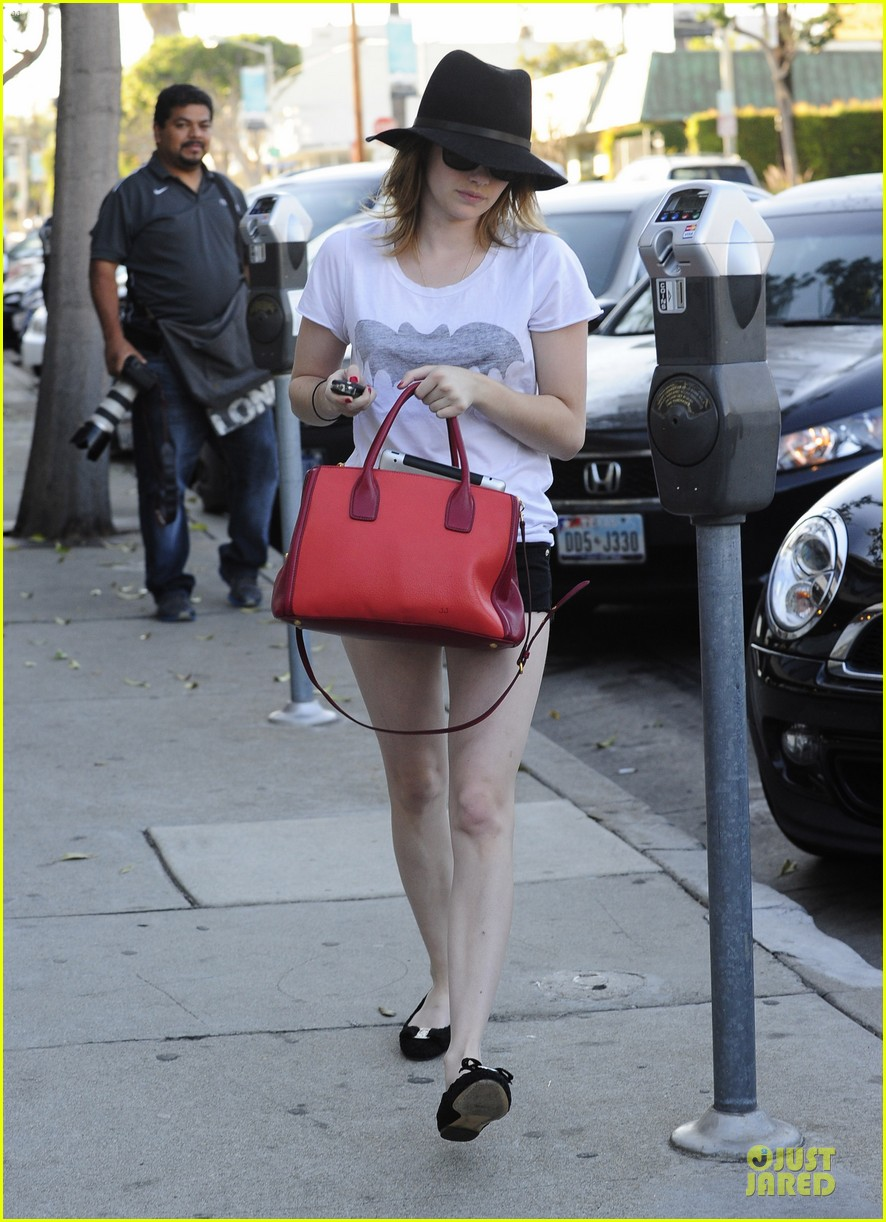 emma roberts darker hair for my next movie 07