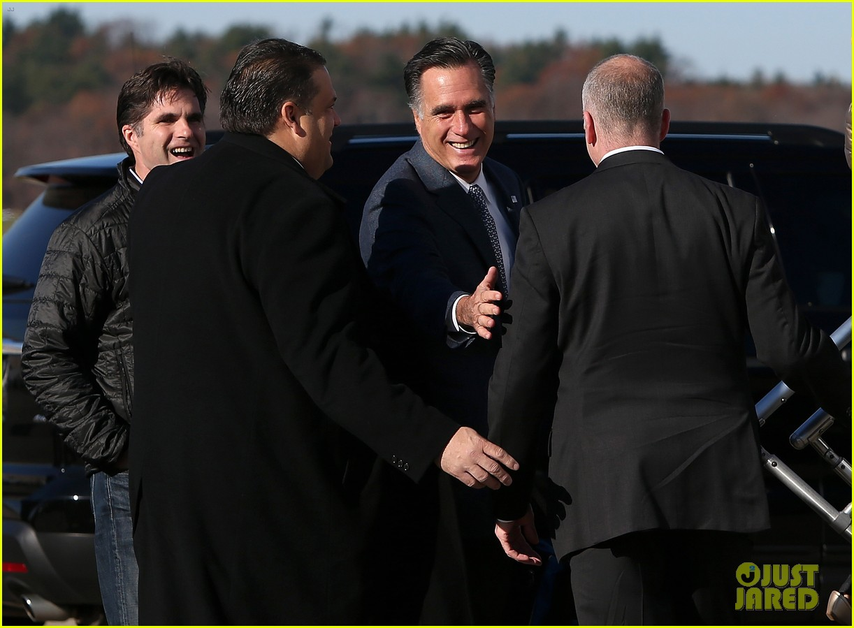 mitt romney votes for presidency in massachusetts pics 102751886